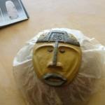 Voici un masque africain réalisé pendant l'animation menée par les stagiaires.