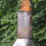 Sortie du feu par la cheminée.